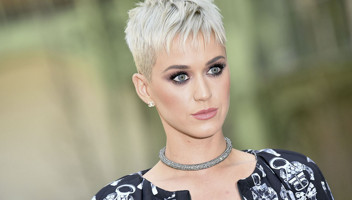 katy-perry_pixie-cut_